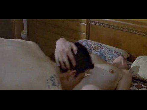 emily browning fappening